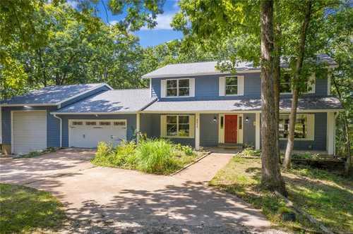 $420,000 - 4Br/3Ba -  for Sale in Bouquet Ridge Farm, Wildwood