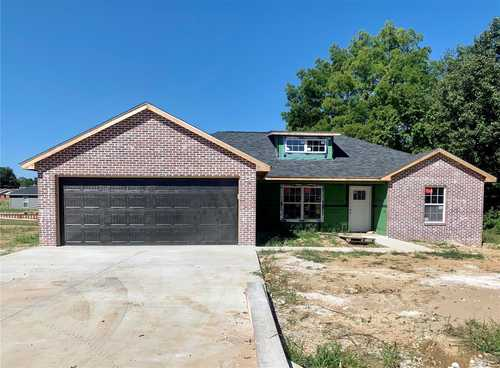 $229,000 - 3Br/2Ba -  for Sale in Dream Acres 2nd Add, Benton