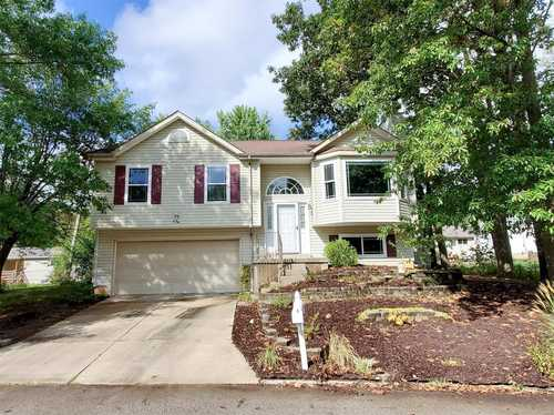 $230,000 - 4Br/3Ba -  for Sale in Patio Cove, Lake St Louis