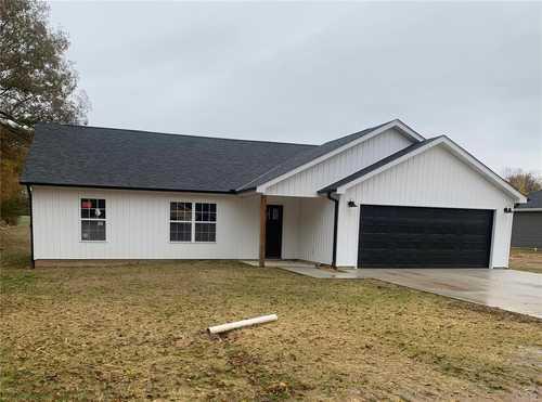 $229,000 - 3Br/2Ba -  for Sale in Dream Acres, Benton