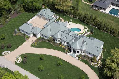 $5,995,000 - 5Br/9Ba -  for Sale in Huntleigh Woods, Huntleigh