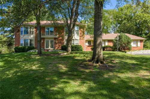 $749,000 - 4Br/5Ba -  for Sale in Ladue Downs 1, St Louis