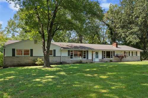 $487,500 - 4Br/2Ba -  for Sale in Tealbrook Estates, St Louis