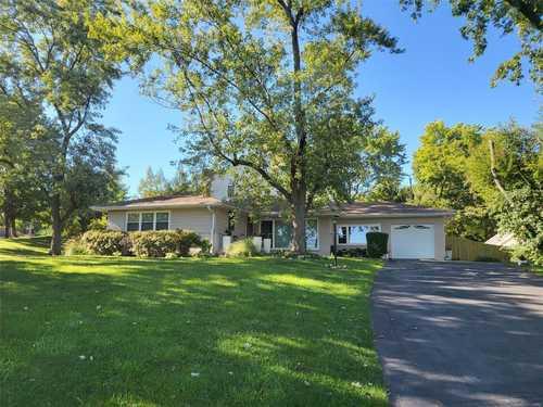 $399,900 - 3Br/2Ba -  for Sale in Bon Hills, St Louis