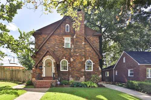 $425,000 - 3Br/2Ba -  for Sale in West Delmar, St Louis