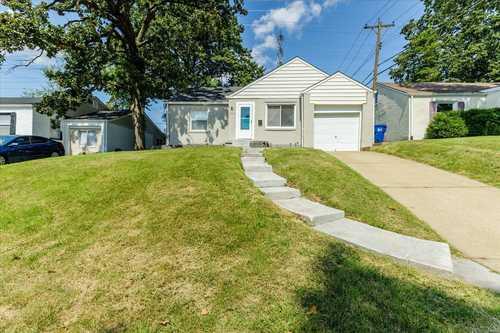 $139,900 - 2Br/1Ba -  for Sale in Hanley Woods, St Louis