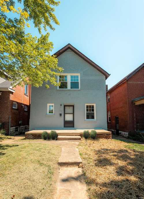$204,900 - 2Br/2Ba -  for Sale in Forest Park Home Place Add, St Louis