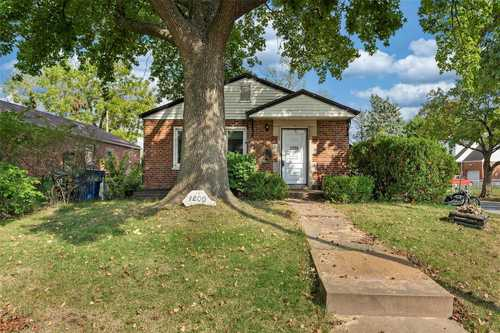 $129,900 - 2Br/2Ba -  for Sale in Pershing Heights, University City