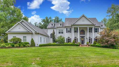 $1,749,000 - 7Br/8Ba -  for Sale in Ballas Woods, Town And Country