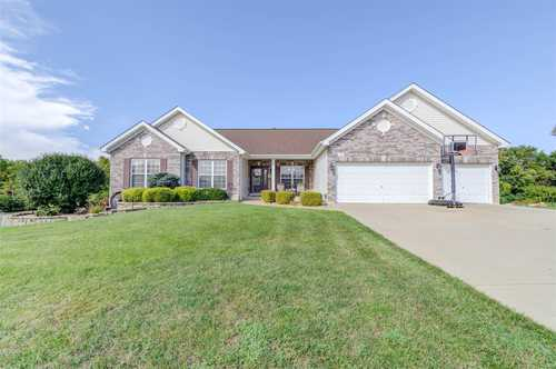 $442,500 - 3Br/4Ba -  for Sale in Twin Fawn Estate, Lake St Louis