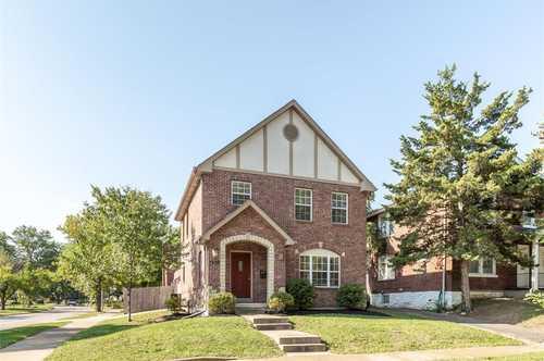 $450,000 - 3Br/4Ba -  for Sale in University Park 2, St Louis