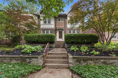 $424,900 - 3Br/3Ba -  for Sale in Ames Place, St Louis