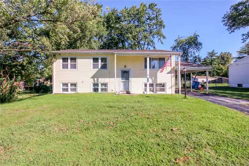 $158,000 - 3Br/2Ba -  for Sale in Brookside 2, Maryland Heights