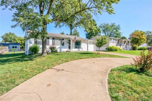 $165,000 - 3Br/2Ba -  for Sale in Brookside 2, Maryland Heights
