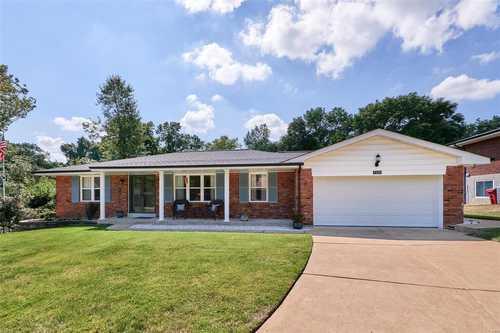 $389,900 - 3Br/3Ba -  for Sale in Ferbet Estates 2, Mehlville
