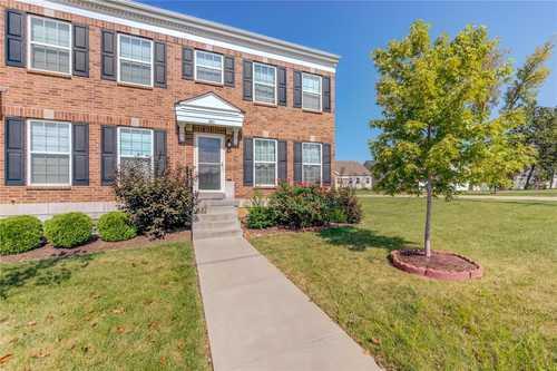 $259,900 - 3Br/3Ba -  for Sale in Maryland Oaks, St Louis