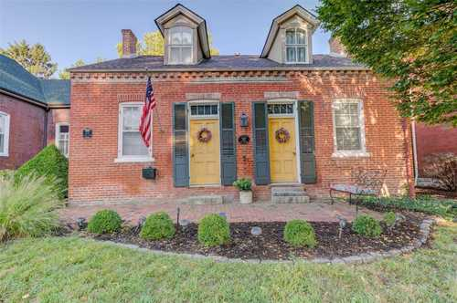 $375,000 - 4Br/2Ba -  for Sale in Old Town St. Charles, St Charles