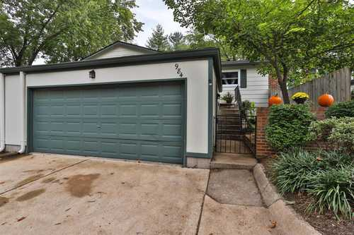 $169,900 - 2Br/2Ba -  for Sale in Big Bend Woods Condo 7-e, Manchester