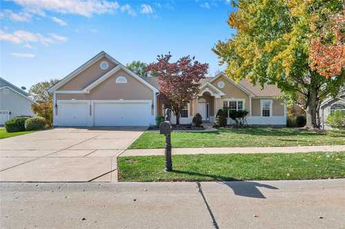 $535,000 - 5Br/3Ba -  for Sale in Westhampton Woods One, Wildwood