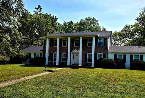 $449,000 - 5Br/5Ba -  for Sale in Ladue Heights Sec 3, Creve Coeur