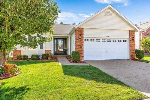 $389,900 - 2Br/2Ba -  for Sale in Heritage Of Hawk Ridge #1, Lake St Louis