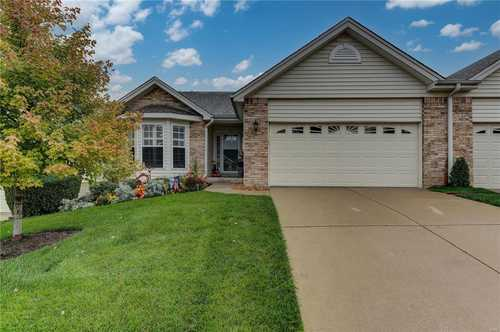 $275,000 - 2Br/3Ba -  for Sale in Villas At Summit Pointe #3 Resub 37, St Charles