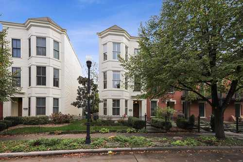 $239,900 - 3Br/3Ba -  for Sale in New Town At St Charles, St Charles