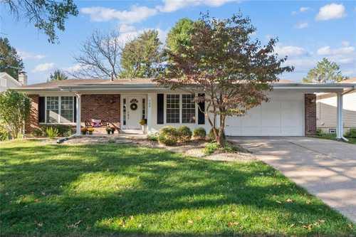 $285,000 - 3Br/2Ba -  for Sale in Fox Creek, Ballwin
