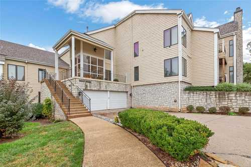 $228,000 - 2Br/2Ba -  for Sale in Lakeshore Knolls, Lake St Louis