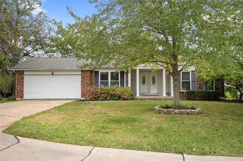 $230,000 - 4Br/3Ba -  for Sale in Englewood #5, St Peters