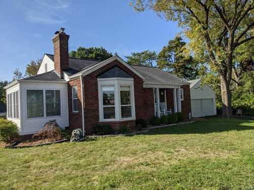$375,500 - 3Br/2Ba -  for Sale in Hillside Park, St Louis