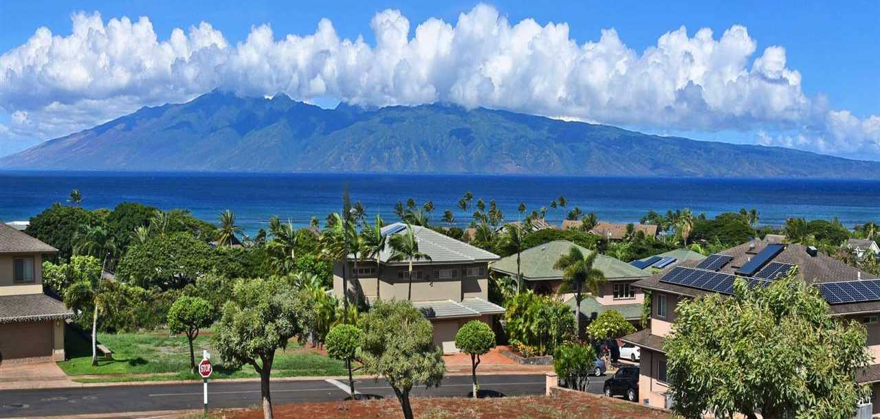 $1,215,000 - 3Br/3Ba -  for Sale in Kahana Ridge, Lahaina