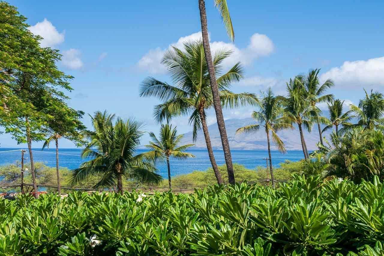 $1,050,000 - 2Br/2Ba -  for Sale in Maui Kamaole, Kihei