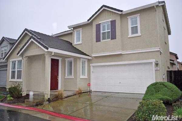 949 Courtyards Loop Lincoln, CA 95648