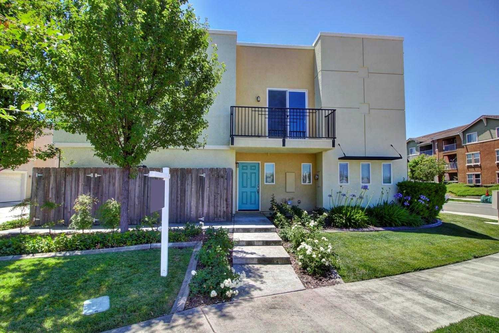 4148 Beechcraft Way Sacramento, CA 95834