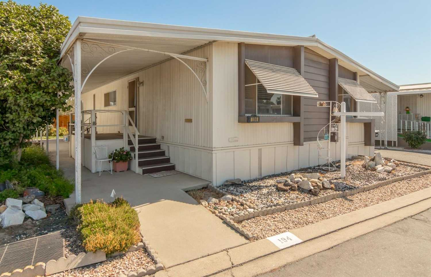 $40,000 - 3Br/2Ba -  for Sale in Escalon