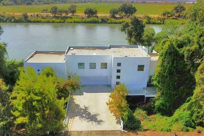 $2,300,000 - 6Br/5Ba -  for Sale in Sacramento