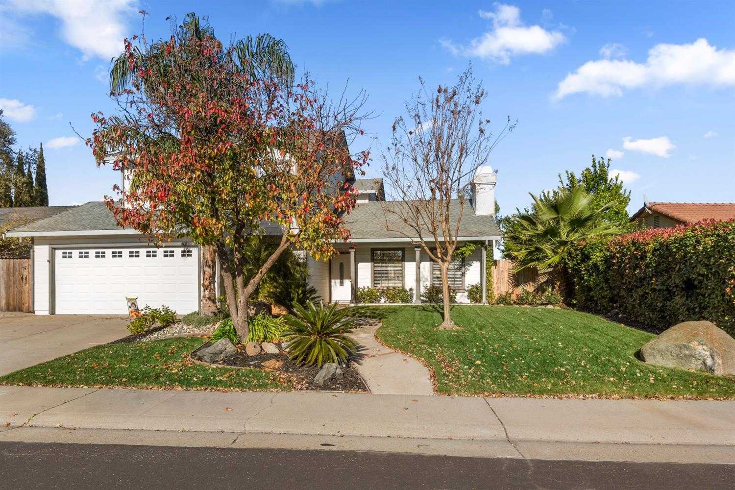 $445,900 - 4Br/3Ba -  for Sale in Roseville