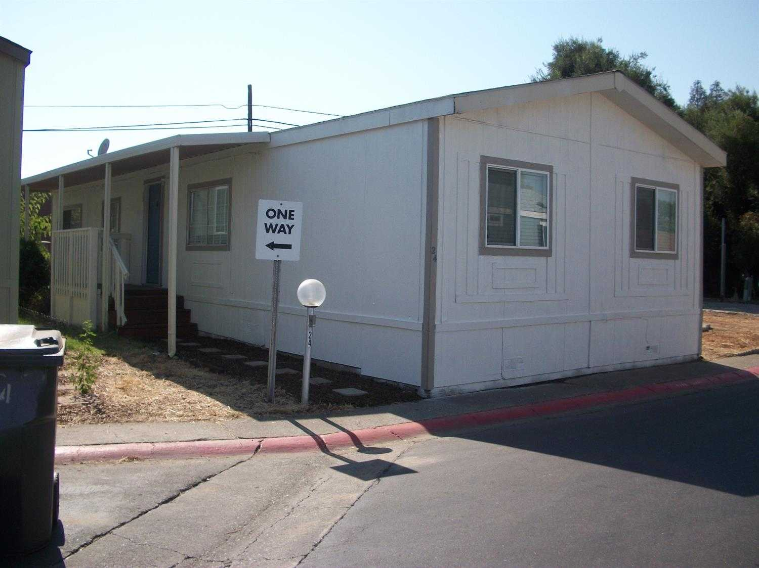 $44,000 - 3Br/2Ba -  for Sale in Davis