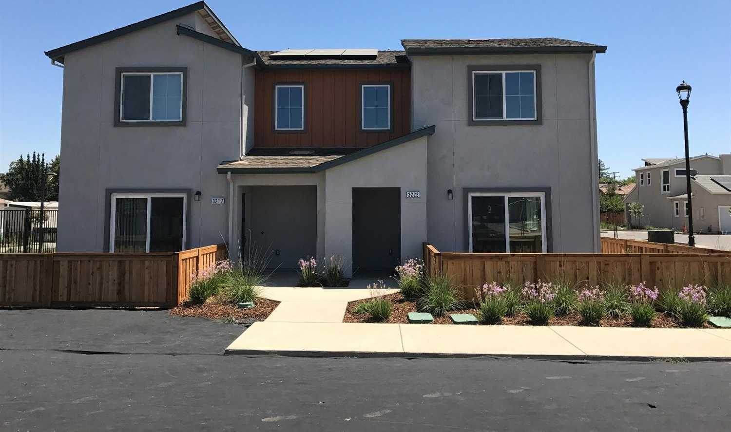 $353,614 - 3Br/3Ba -  for Sale in Willow Creek, Davis