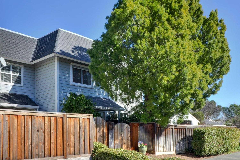 $300,000 - 1Br/1Ba -  for Sale in Davis