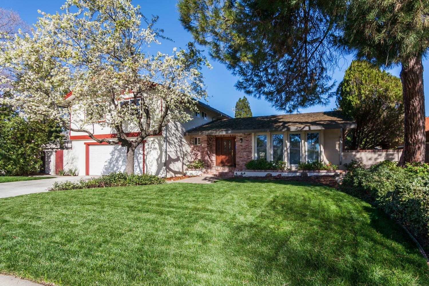 $839,000 - 4Br/4Ba -  for Sale in Covell Park, Davis