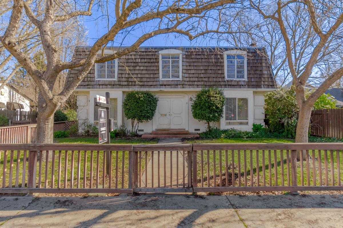 $775,000 - 5Br/3Ba -  for Sale in Davis