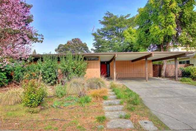 $674,000 - 4Br/2Ba -  for Sale in Davis