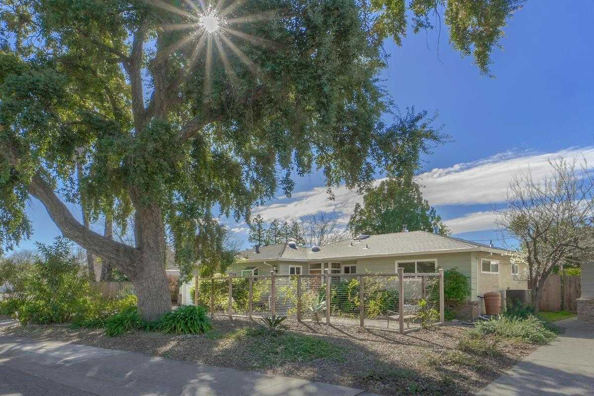 $696,500 - 3Br/3Ba -  for Sale in Davis