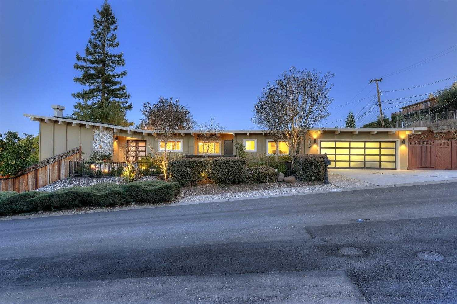 $2,988,000 - 5Br/5Ba -  for Sale in Los Gatos