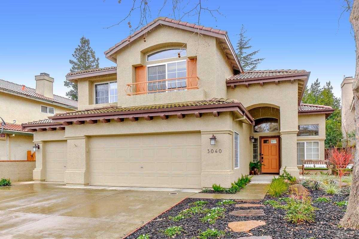$750,000 - 3Br/3Ba -  for Sale in Davis
