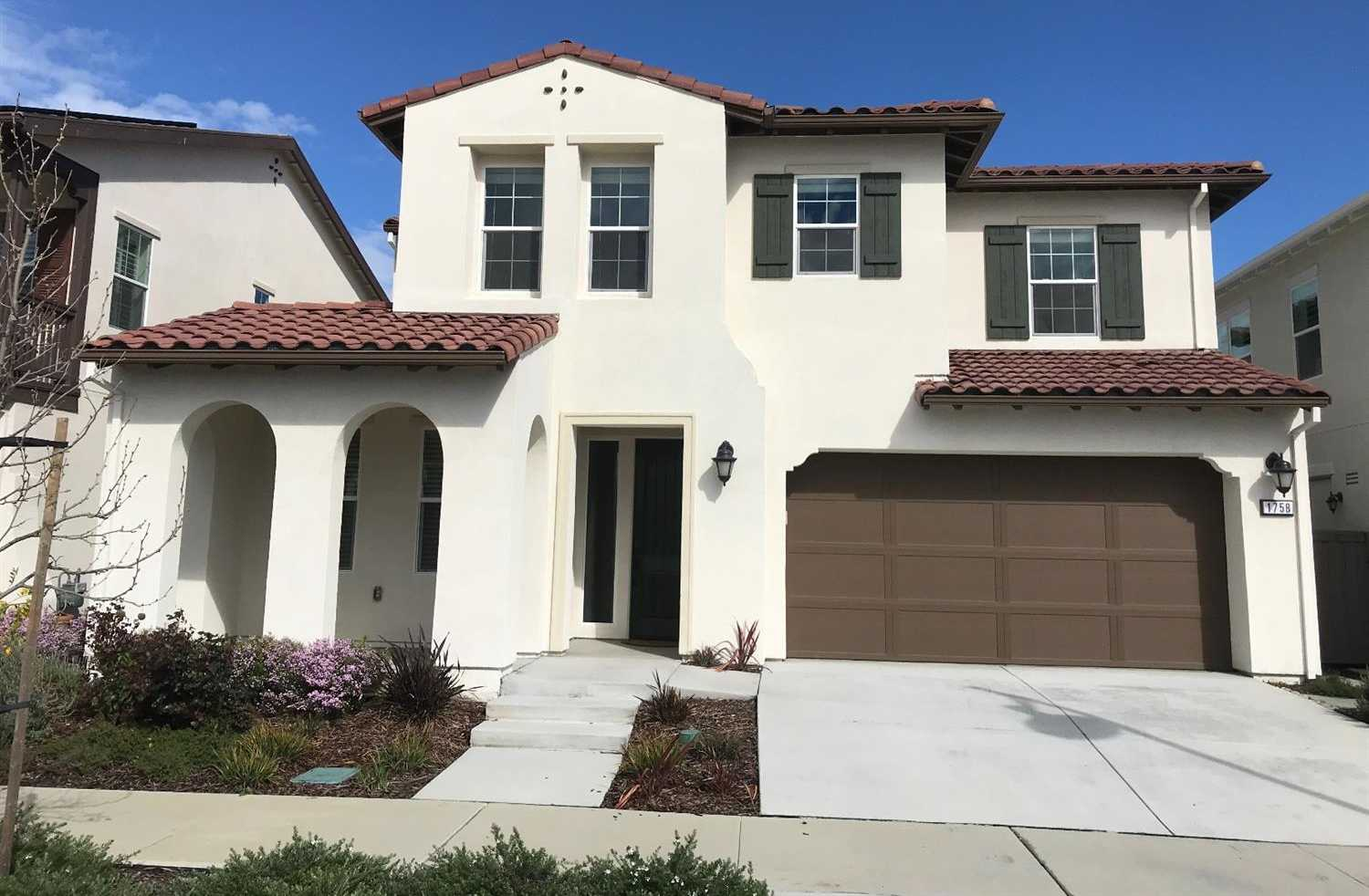 $849,000 - 4Br/3Ba -  for Sale in Davis
