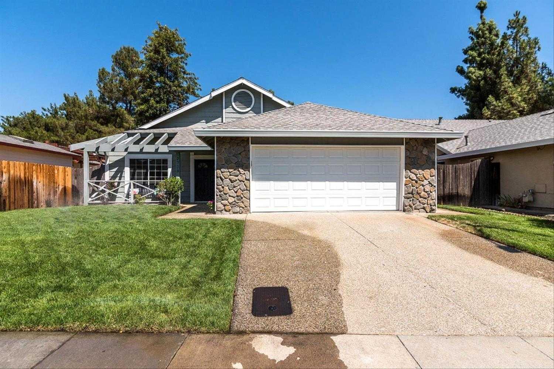 $609,900 - 4Br/2Ba -  for Sale in Davis