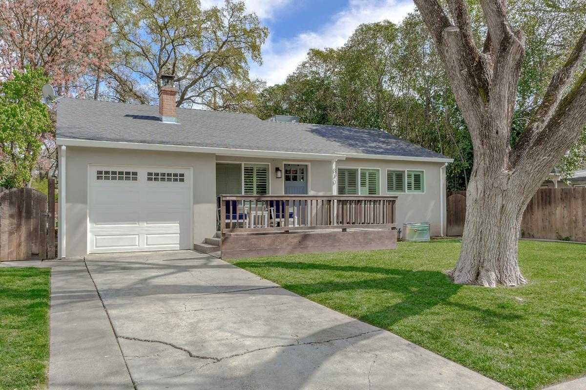 $850,000 - 3Br/2Ba -  for Sale in Davis